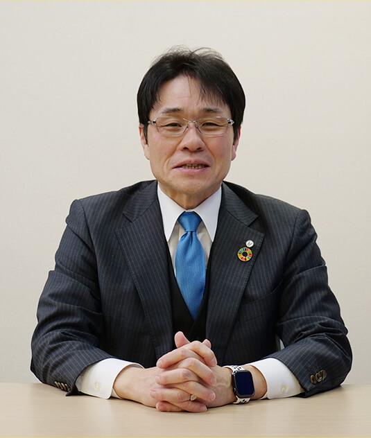 翼学院グループ学院長 芦澤唯志